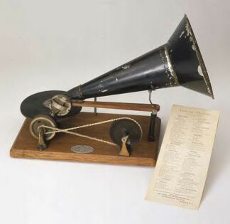 Berliner's 1887 Hand-Driven Gramophone